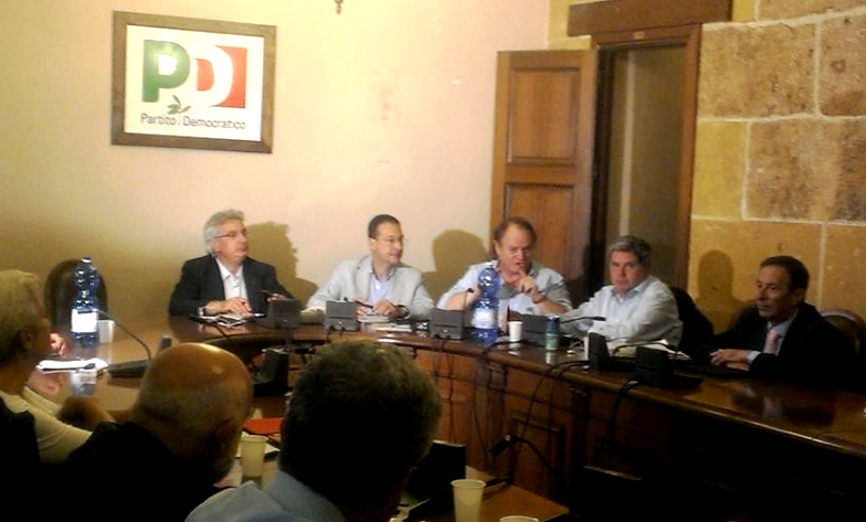 Deputati pd a crocetta svolta necessaria serve governo for Deputati pd