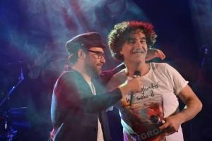 Lello Analfino, leader dei Tinturia, con Mario Incudine