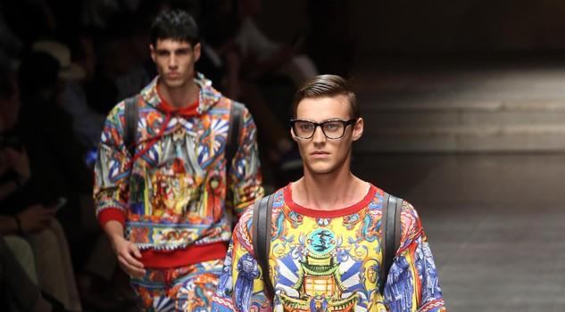 Milano Moda Uomo  la Palazzina Cinese di Palermo ispira Dolce e Gabbana 44ec6fbec39