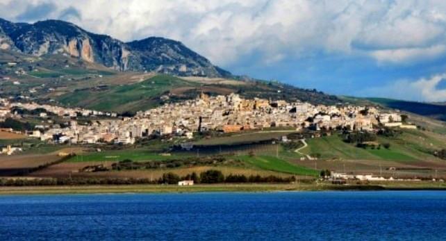 I borghi italiani sul Times of India, riflettori puntati su Sambuca di Sicilia e le case a 1 euro