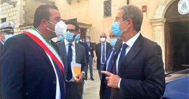 """Cammarata, Musumeci conclude primo tour nell'Agrigentino: """"Ridare futuro alle aree interne"""""""